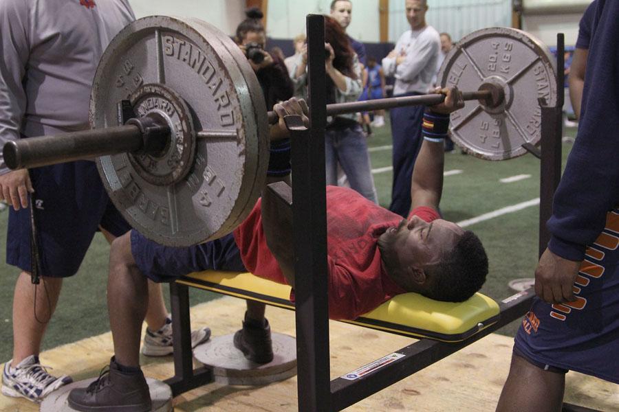 Junior Tapiwa Mudehwe benches 230 pounds during the Powerlifting meet on Jan. 22.