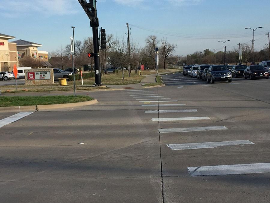 Pedestrians+should+always+use+a+crosswalk+when+one+is+present.