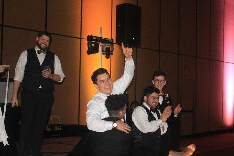 Melkovitz is crowned Prom King